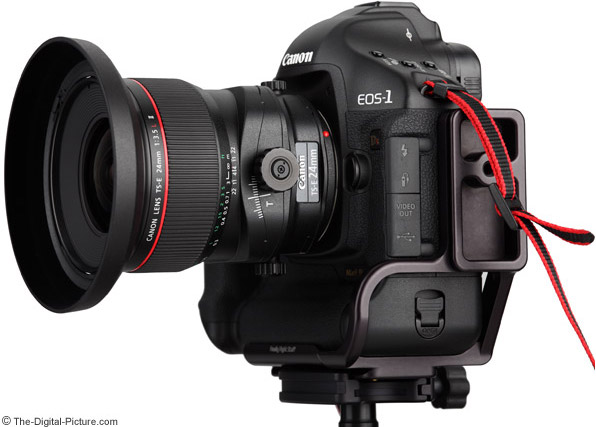 Camera L-Plate Mounted on Canon EOS 1Ds Mark III