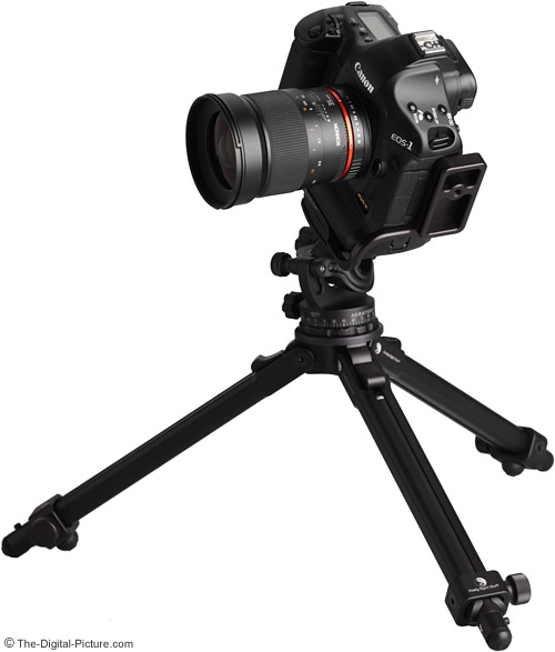 Samyang 35mm f/1.4 US UMC Lens on Canon EOS 1Ds Mark III DSLR on Tripod