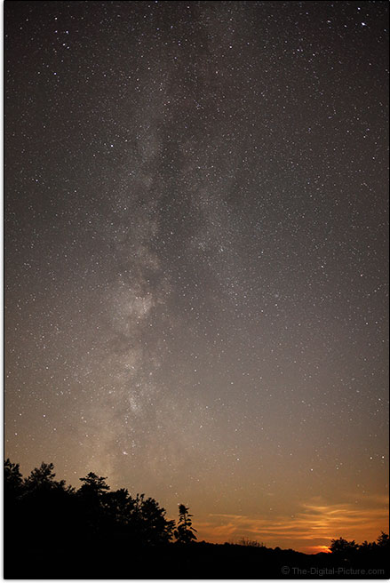 Sigma 24-35mm f/2 DG HSM Art Lens Milky Way Sample Picture