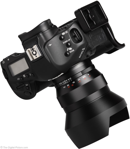 Zeiss 15mm f/2.8 Distagon T* ZE Lens on Canon EOS 1Ds Mark III - Angle View