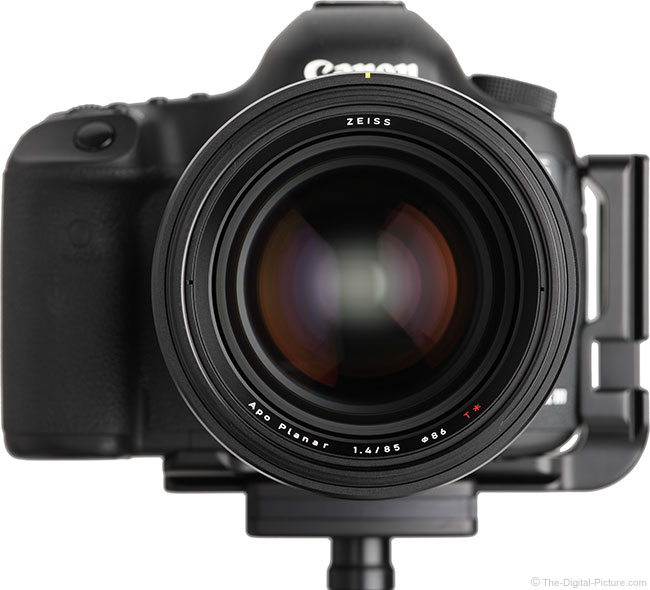 Zeiss Otus 85mm f/1.4 Lens on Canon EOS 5D Mark III – Front View
