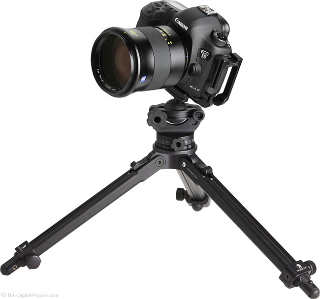 Zeiss Otus 85mm f/1.4 Lens on Canon EOS 5D Mark III on Tripod