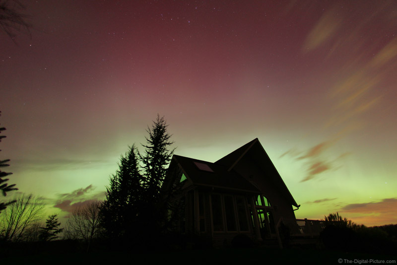 House Backlit By Northern Lights - Defished