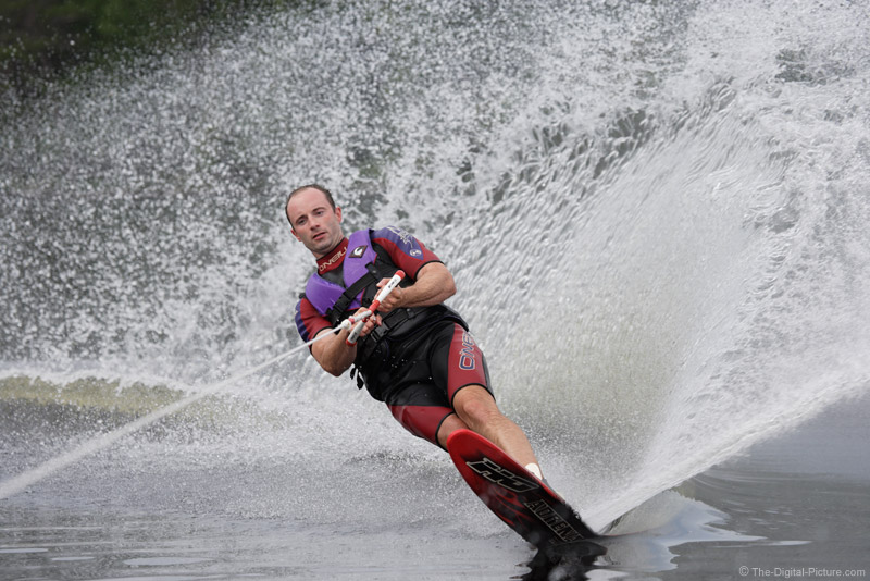 Slalom Waterskiing Picture