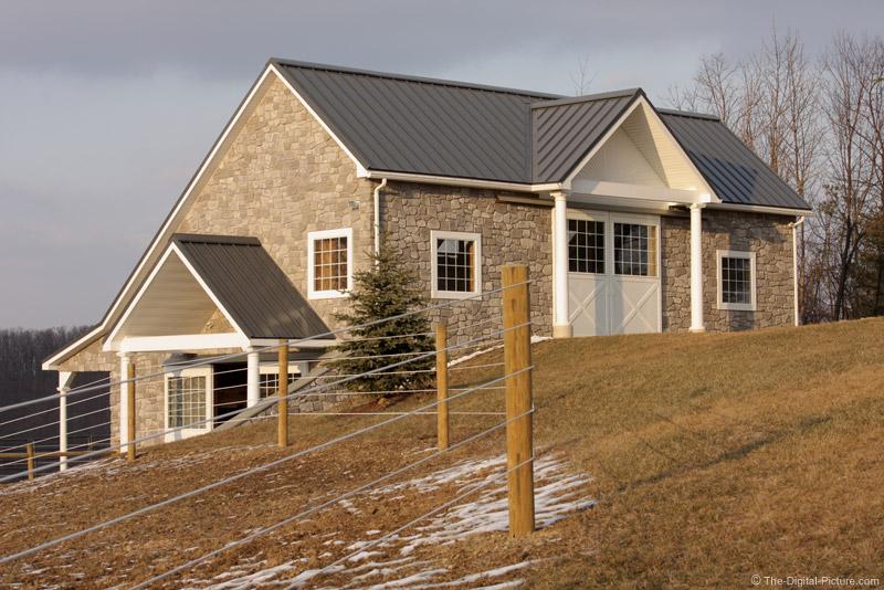 Winter Barn Picture