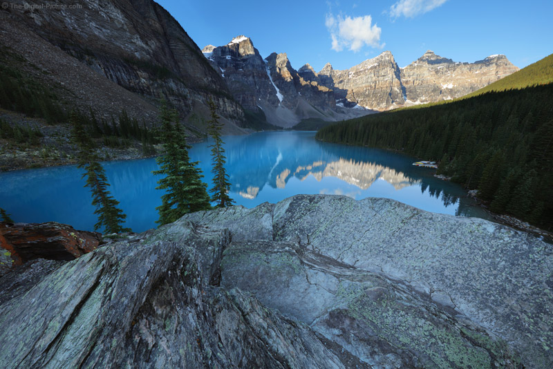 One Of The Most Beautiful Places On Earth Moraine Lake Banff National Park