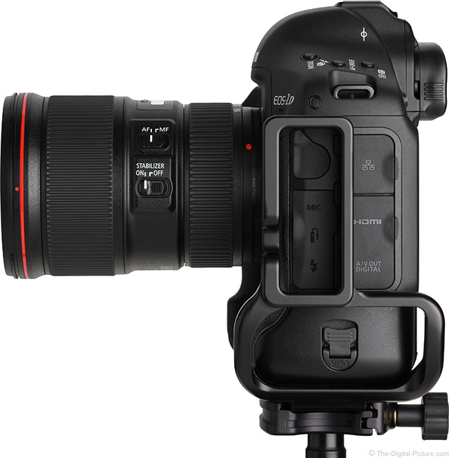 Canon EF 16-35mm f/4L IS USM Lens Side View