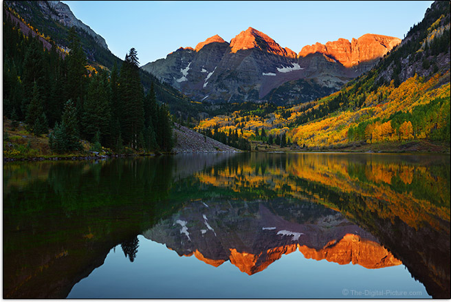 Canon EF 16-35mm f/4L IS USM Lens Sample Photo of Maroon Bells Scenic Area