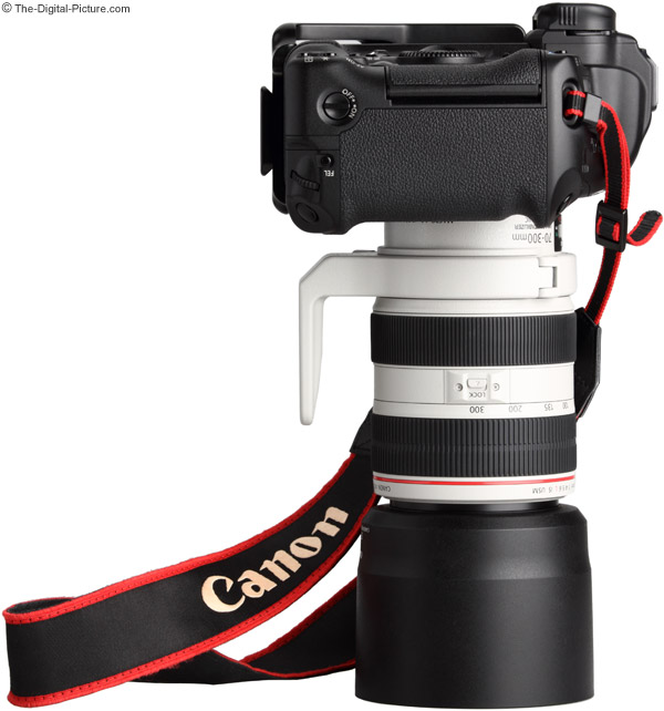 Canon EF 70-300mm f/4-5.6 L IS USM Lens with Canon Tripod Mount Ring C (WII)