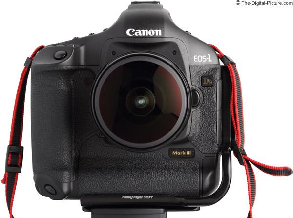 Canon EF 8-15mm f/4L USM Fisheye Lens front