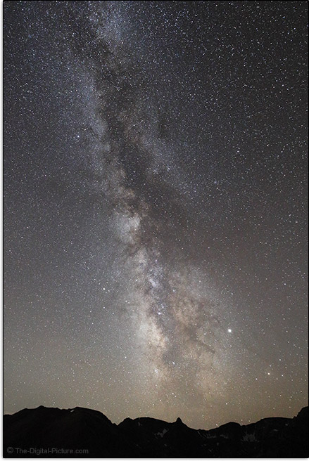 Canon RF 15-35mm F2.8 L IS USM Lens Milky Way Sample Picture