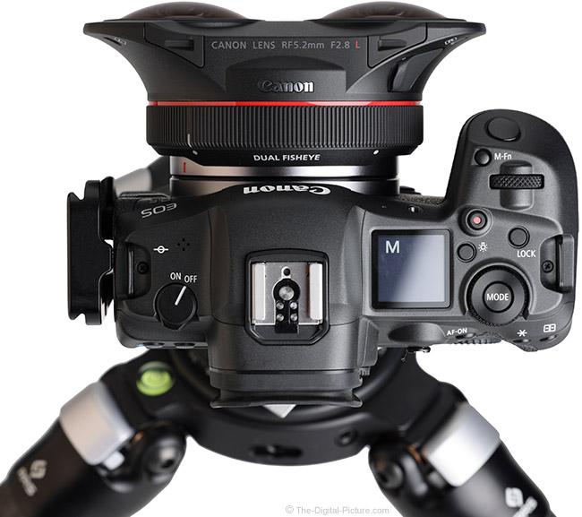 Canon RF 5.2mm F2.8 L Dual Fisheye Lens Top View