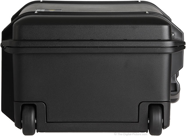 Pelican 1535 AIR Hard Case Bottom