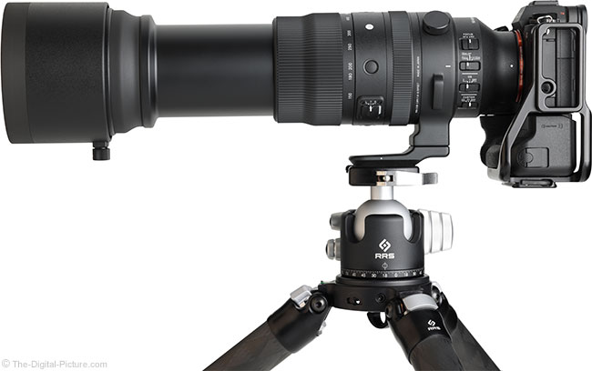 Sigma 150-600mm f/5-6.3 DG DN OS Sports Lens Side View Extended with Hood