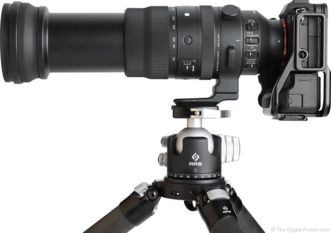 Sigma 150-600mm f/5-6.3 DG DN OS Sports Lens Side Extended View