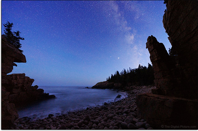 Sony FE 12-24mm f/2.8 GM Lens Monument Cove Milky Way Sample Picture