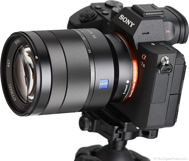 Sony FE 24-70mm f/4 ZA OSS Lens Angle View