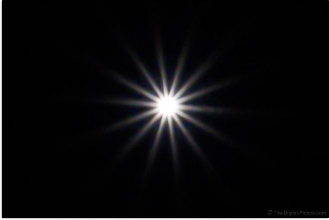 Sony FE 28-60mm f/4-5.6 Lens Sunstar Effect Example