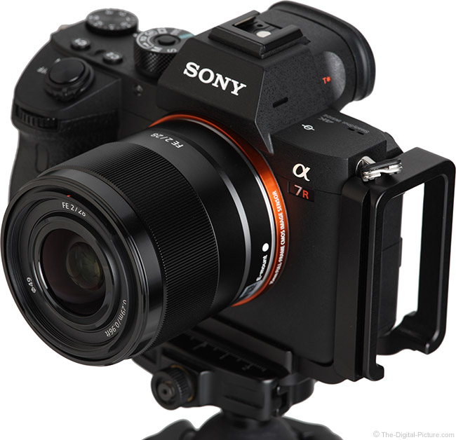 Sony FE 28mm f/2 Lens Angle View