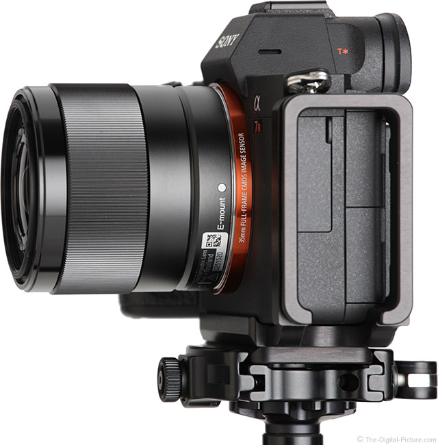 Sony FE 28mm f/2 Lens Side View