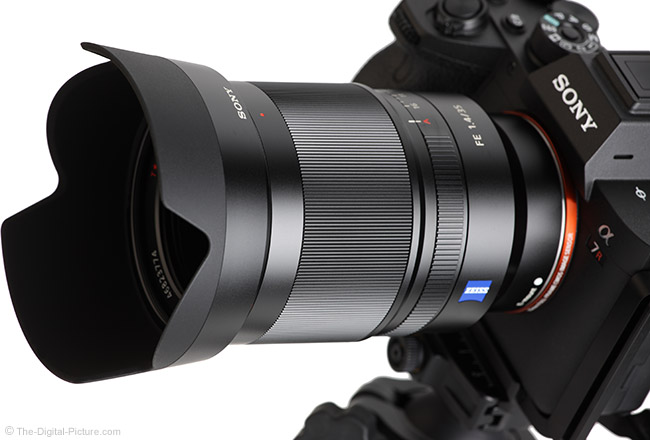 Sony FE 35mm f/1.4 ZA Lens Angle View with Hood