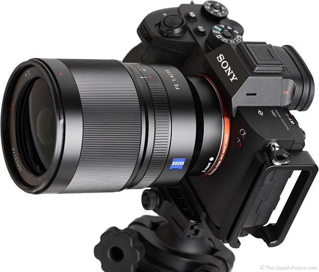 Sony FE 35mm f/1.4 ZA Lens Angle View