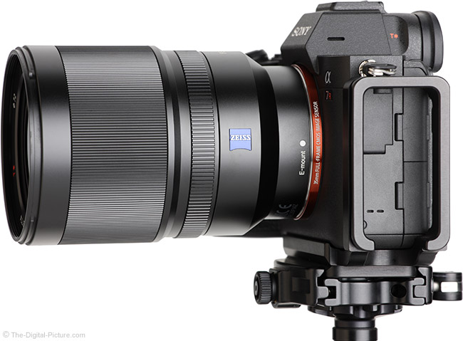 Sony FE 35mm f/1.4 ZA Lens Side View