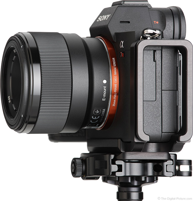 Sony FE 50mm f/1.8 Lens Side View
