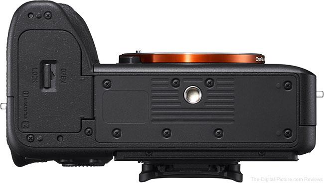 Sony a7R IV Bottom