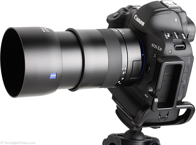 Zeiss 135mm f/2 Milvus Lens Angle View with Hood