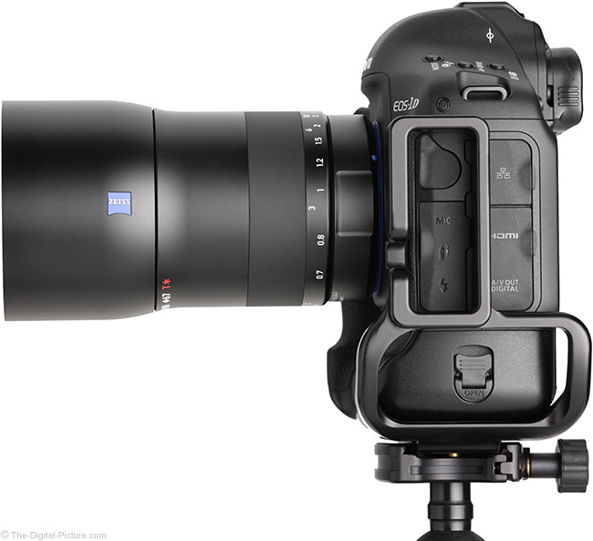 Zeiss Milvus 100mm f/2M Lens Side