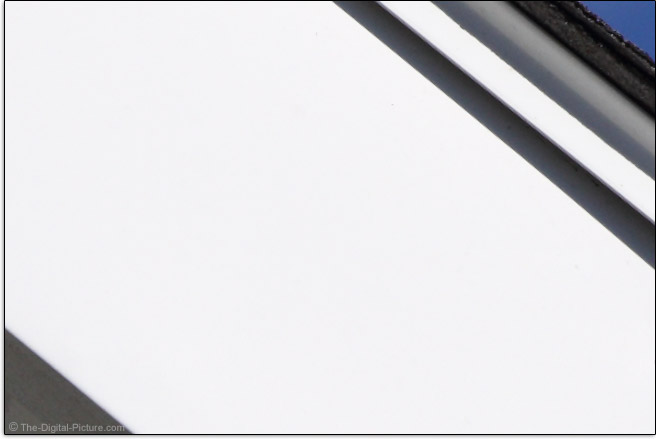 Zeiss Milvus 85mm f/1.4 Lens Chromatic Aberration