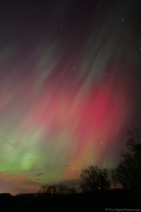 Streaks of Northern Lights Picture