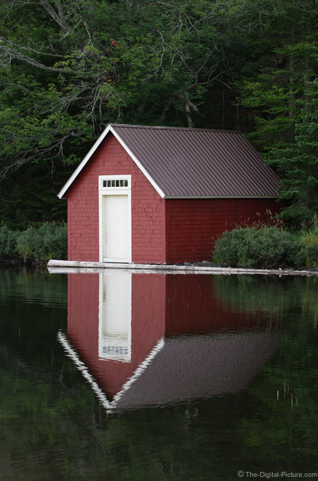 Boat House Picture