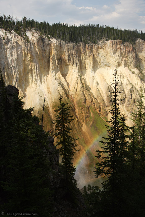 Rainbow in the Grand Cayon of Yellowstone Canyon