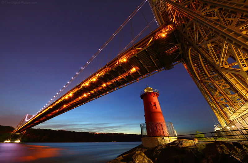 The Canon 11-24 L Visits the Little Red Lighthouse and the Great Gray Bridge