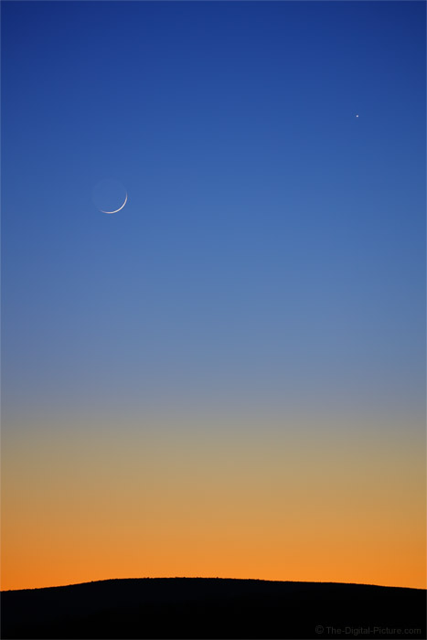 Photographing the Crescent Moon and Venus with the Canon 100-400mm L IS II Lens